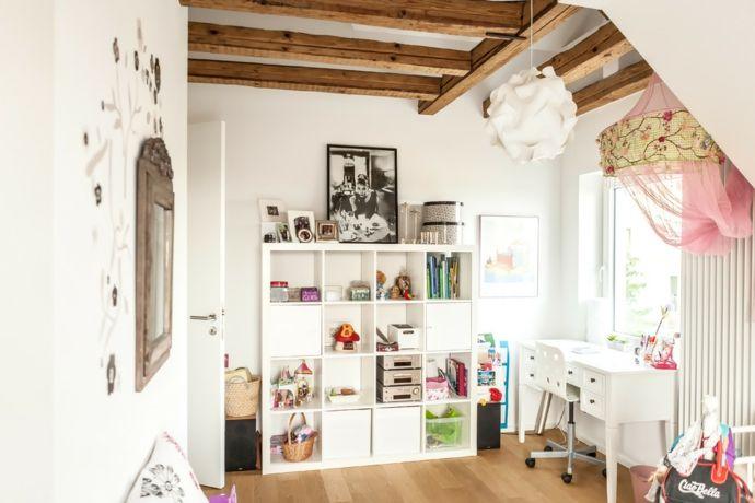 Balken modern Weiß traumhaft mädchenhaft-Kinderzimmer ideen