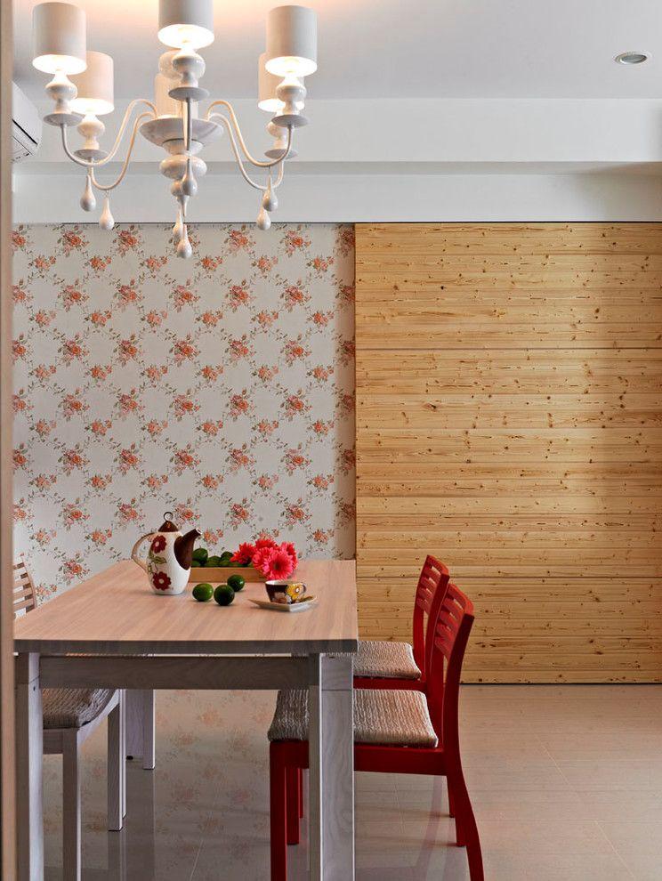 Designer Vintage Tapeten Kronleuchter rote Stühle Blumenmuster-Vintage-Tapeten Ideen
