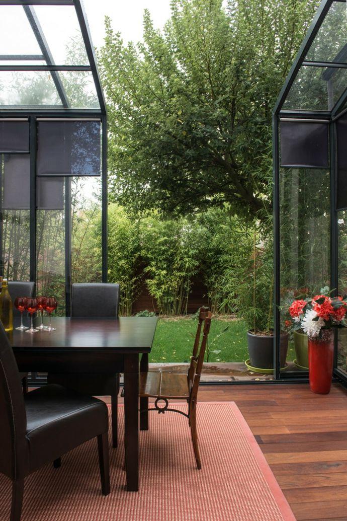 Glasveranda mit Schiebetüren-Gestaltung der Veranda