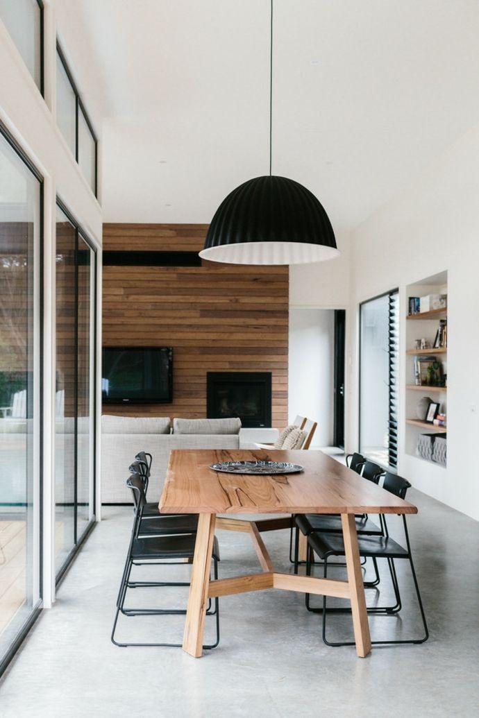 Holztisch in Designer Küche-Esstische