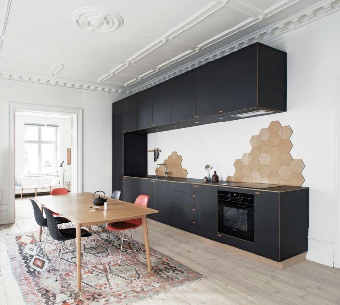 Küche Holztisch Küchensystem Oberschrank Schwarz Kelim Wabenform modern