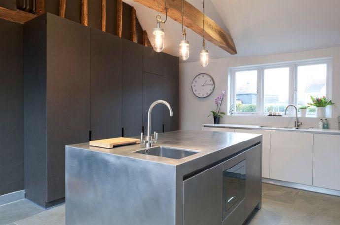 Küche Kochinsel Hängeleuchte schlicht Weiß Grau