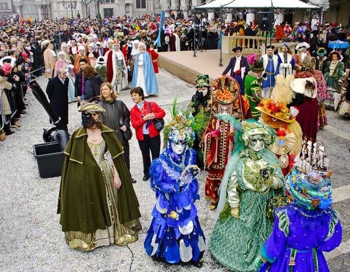 Kostümideen aus Venedig-Karneval