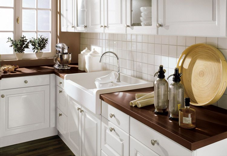 Landhaus Weiß Braun Marmor MDF Arbeitsplatten Waschtisch-Küchen Ideen