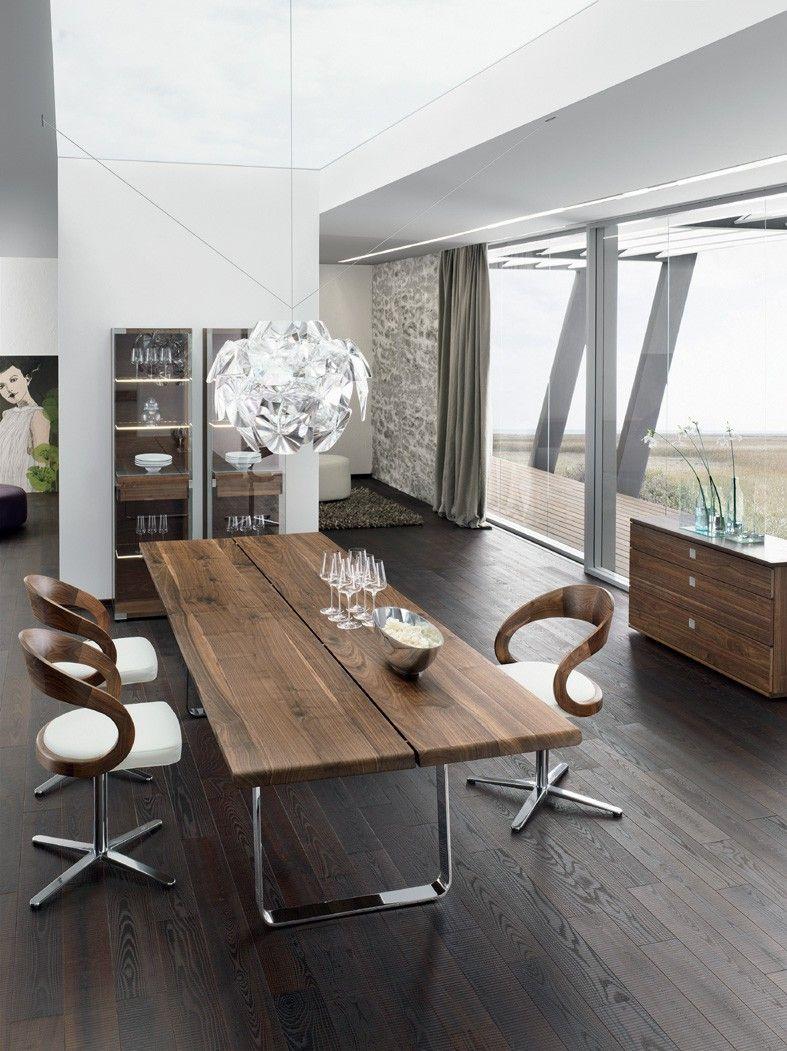 Nussbaum Massivholz natürliches Holz Freischwinger Glaswand-Holztisch