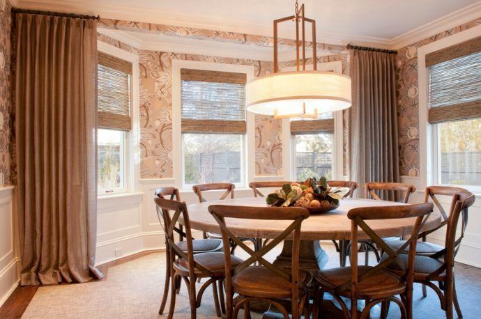 Runder Tisch im rustikalen Stil-Esstische