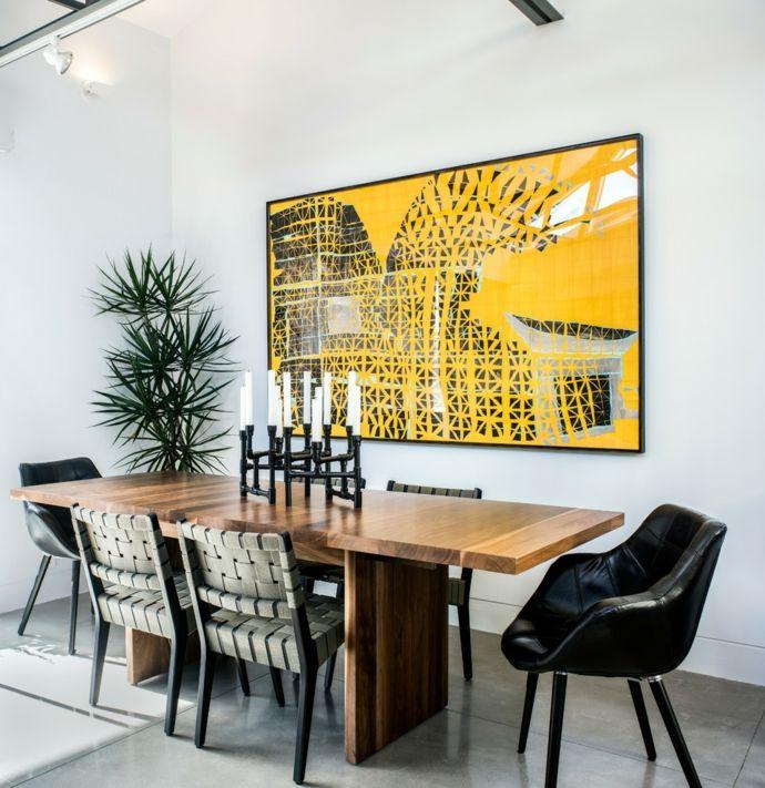 Tisch aus Massivholz im modernen Design-Esstische