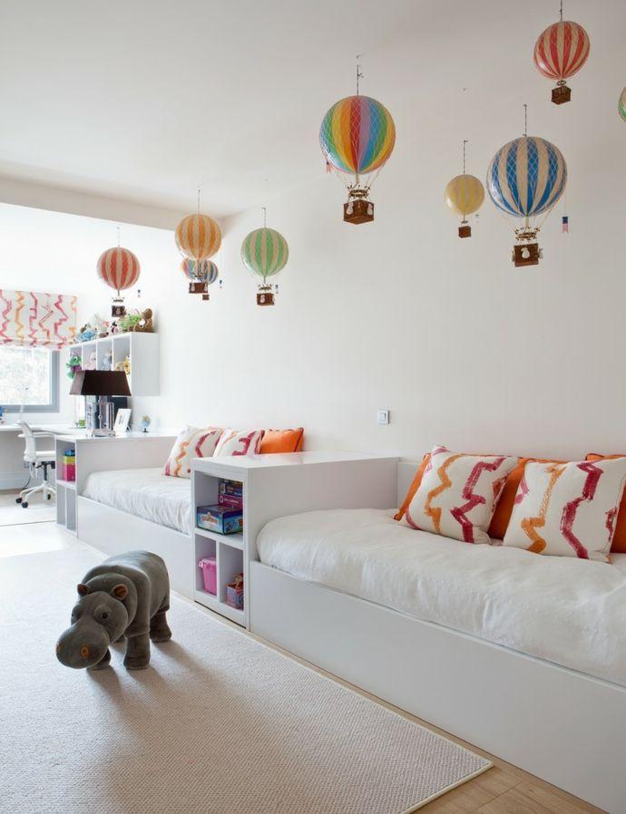 Verträumtes Ambiente in Weiß Heißluftballonen-Kinderzimmer ideen