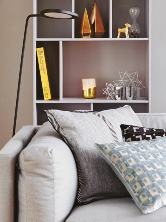 Wandregal Deko Kissen mit Aussparungen Designer Stehlampe-Modernes Wohndesign