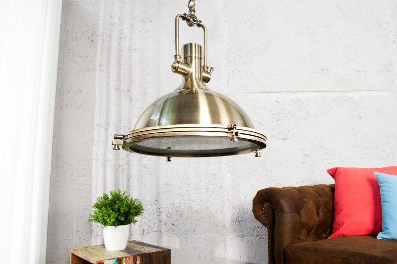 h ngeleuchte im industriedesign einzigartigkeit und inspiration. Black Bedroom Furniture Sets. Home Design Ideas