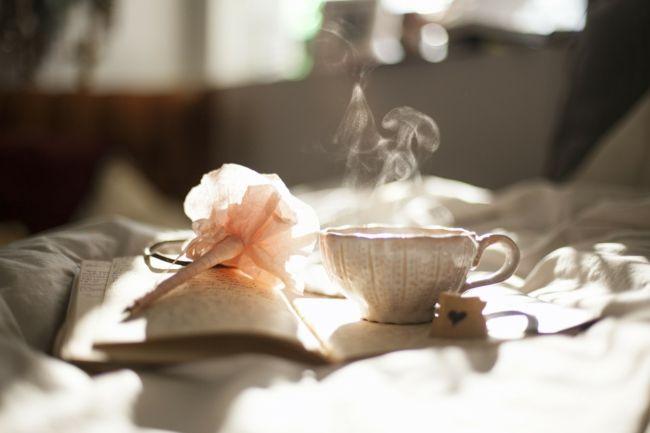 Auszeit mit einer Tasse Tee genießen-Ideen zum Valentinstag
