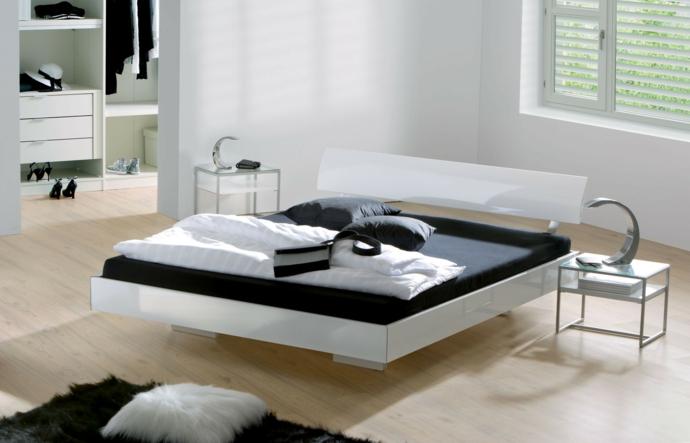 Bett zeitgenössisch hochglänzend Schwarz Weiß modern-Schlafzimmer Ideen
