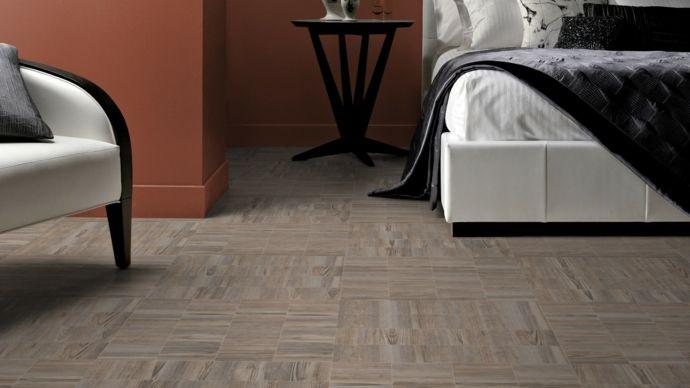 Bodenbelag in Holzoptik fürs Schlafzimmer-Bodenfliesen moderne Textur