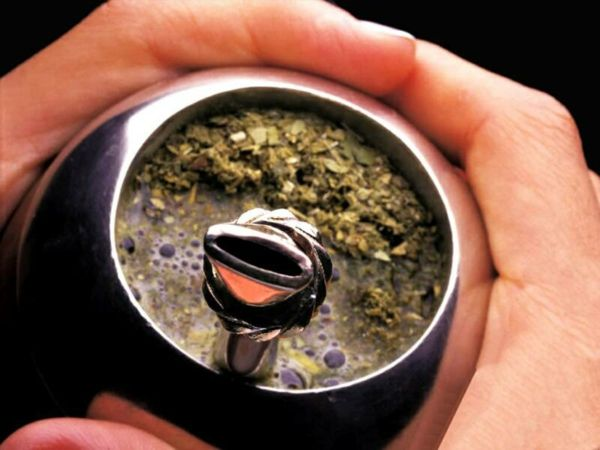 Der Mate-Tee ist ein traditionelles Getränk in Südamerika-Mate-Tee Teesorten Immunsystem stärken
