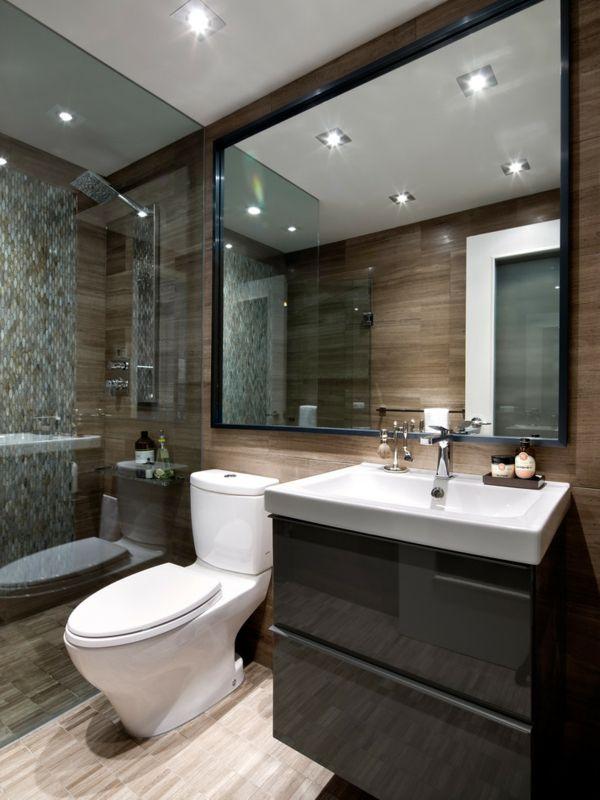 Die Kombination aus den Mosaikfliesen, den großen Spiegel-Atmosphäre-Badunterschrank Ikea Badezimmereinrichtung üppig Luxus