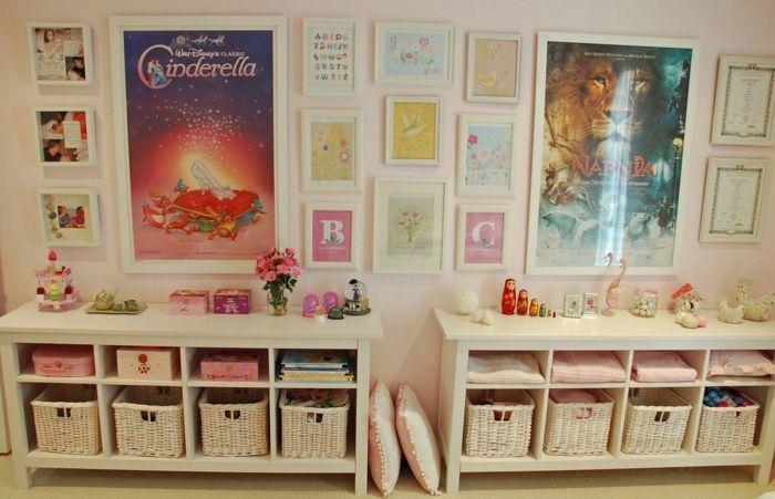 Die Ordnung im Kinderzimmer ist wichtig-Kinderzimmer Sitzbank Aufbewahrungskörbe