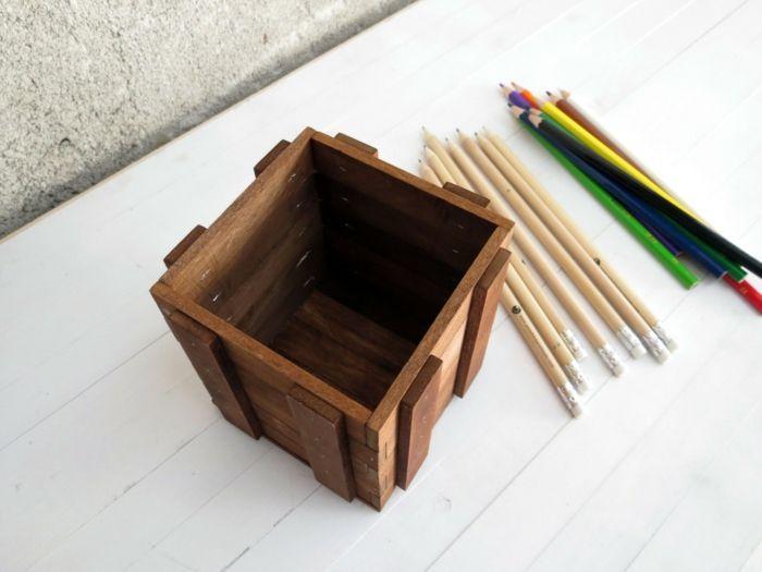 Die Produkte werden aus Lindenholz hergestellt-Stifteboxen Stiftebehälter