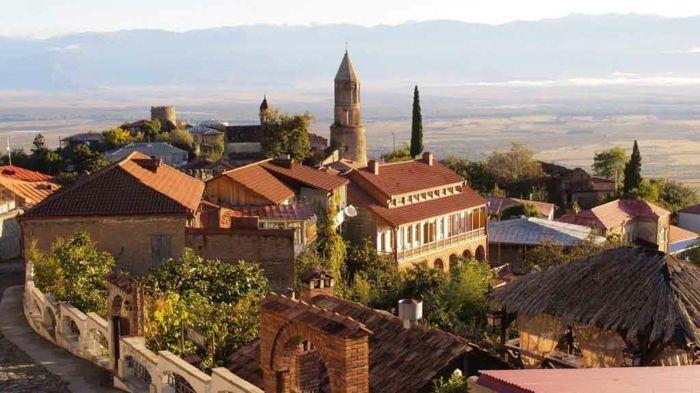 Die meisten Weinbaugebiete befinden sich in herrlichen Lagen-Kachetien, Georgien ist ein Beispiel dazu-Weinreben Weingut Weinanbaugebiet Weinherstellung
