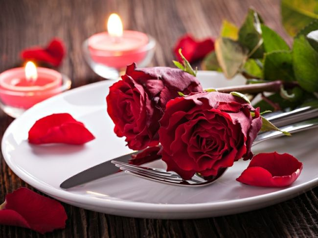 Dinner beim Kerzenlicht-Ideen zum Valentinstag