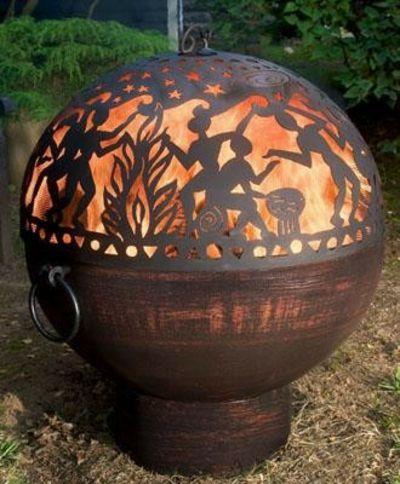 Eingravierte Sphäre aus Holz-Gartendekoration