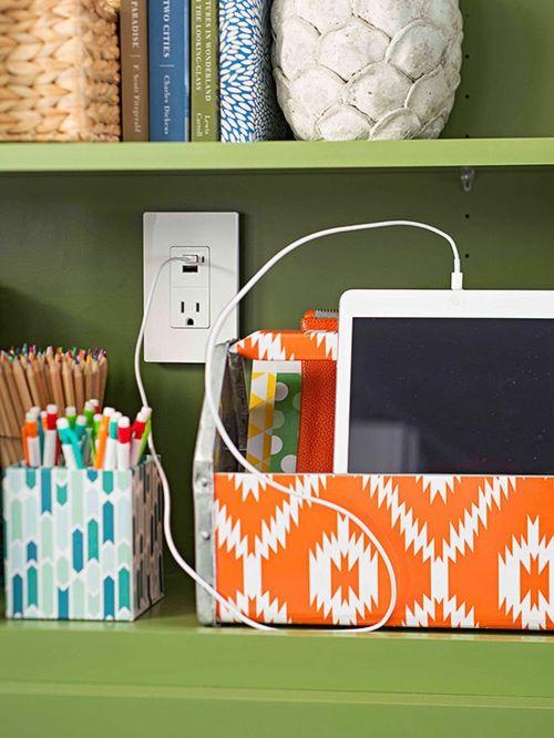 Elektrogeräte beim Aufladen in Aufbewahrungsbox platzieren-Bunte Muster Aufbewahrungsbox Ordnung schaffen Entrümpelung