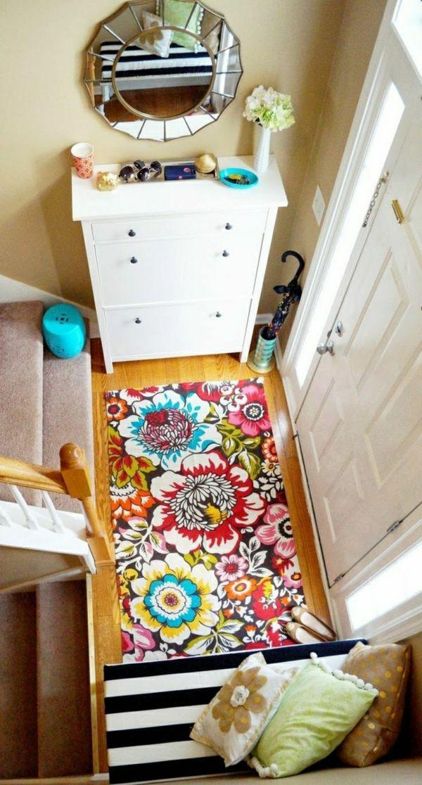Es wird fröhlich in dem Flur mit dieser bunten Fußmatte-Wohnaccessoires Ideen