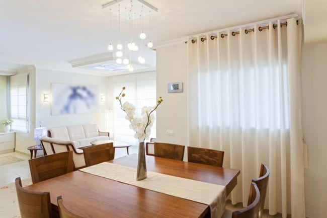 Feng Shui und helle Farben fürs Wohnzimmer-Weiße Nuancen Feng Shui Farben Wohnzimmer Einrichtung