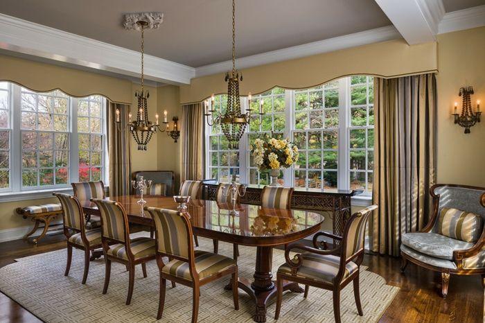Fensterbehandlung Esszimmer Gestaltung Holzmöbel-dekorative Deckenleisten