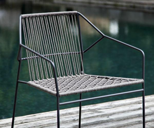 Gartenstuhl aus Edelstahl mit schlichtem Designhochwertige