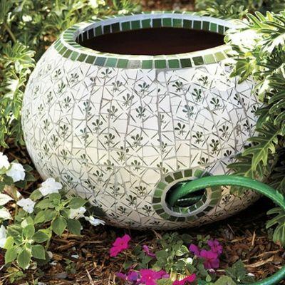 Gefäß für den Gartenschlauch aus Keramik-Gartendekoration