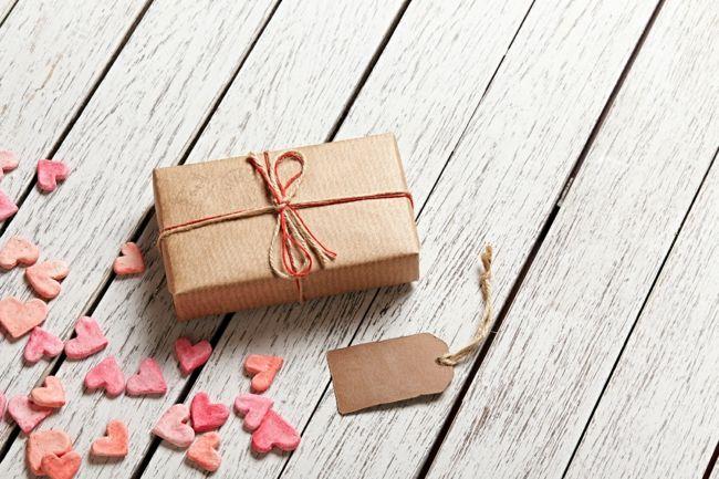 Geschenkverpackung zum Valentinstag-Dekoration zum Valentinstag
