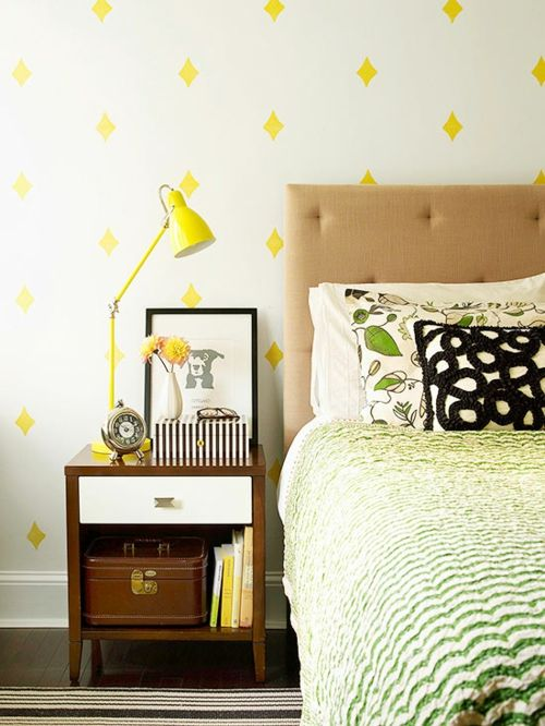 Geschmackvolle Einrichtung des Nachttisches-Aufbewahrung Ordnung Nachttisch Tischlampe Schlafzimmer Fototapete Rautenform