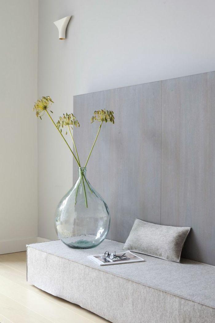 Glasvase in Form einer Glühbirne-Dekorative Bodenvasen im zeitgenössischem Design