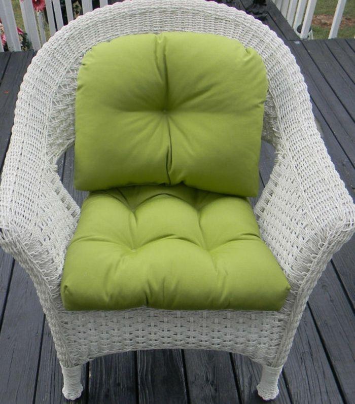 Grünes Kissen mit Rückenlehne-Stuhlkissen