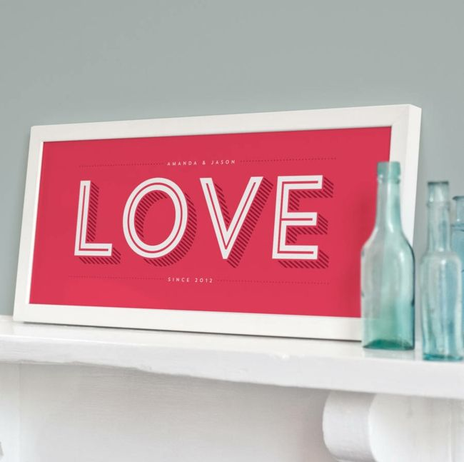 Grafischer Druck in Rosa-Valentinstag Geschenk Ideen