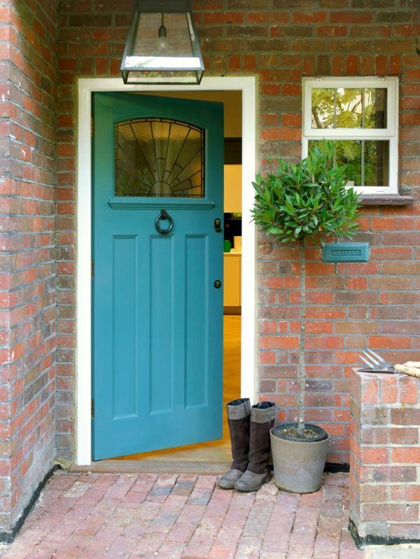 Gute Gestaltung, richtiges Material und zweckmäßige Konstruktion-Eingangstür