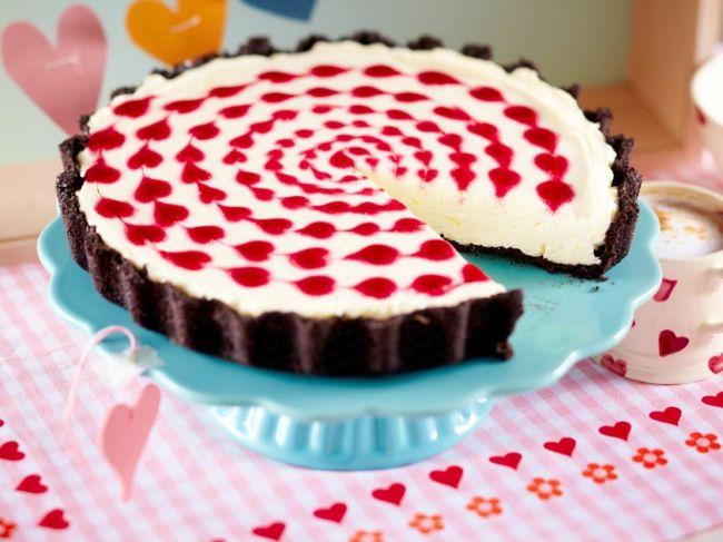 Hausgemachte Torte am Valentinstag-Ideen zum Valentinstag