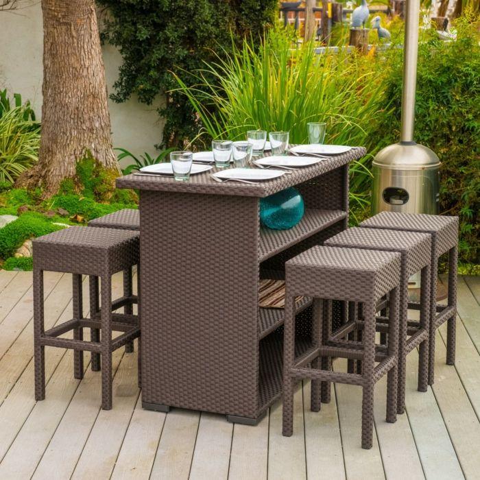 Hoher Esstisch mit sechs Barhocker-Gartenmöbel Set