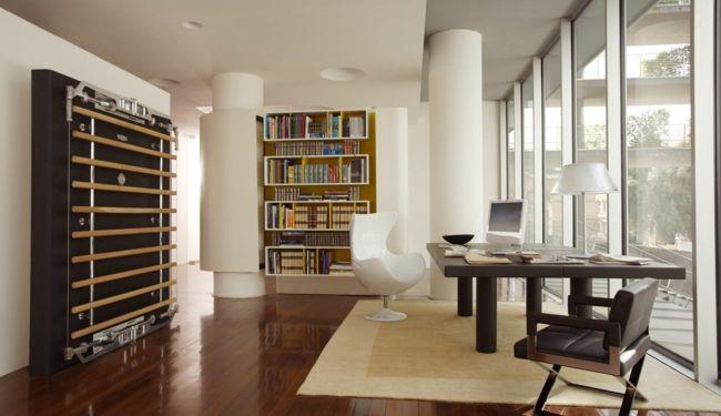 Home-Fitness-Gerät, Tisch, Bücherregal, Sessel-Fitnessgerät