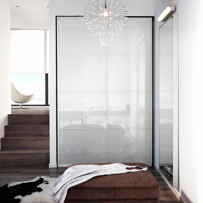 Ikea Garderbobe mit Schiebetürpaar aus weißem Glas minimalistisches Design-Hochwertige Kleiderschränke für das Schlafzimmer