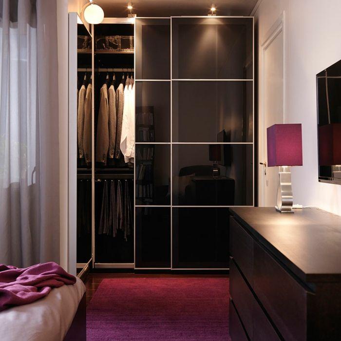 Ikea Garderobe mit Schiebetüren aus Glas in Schwarz-Hochwertige Kleiderschränke für das Schlafzimmer