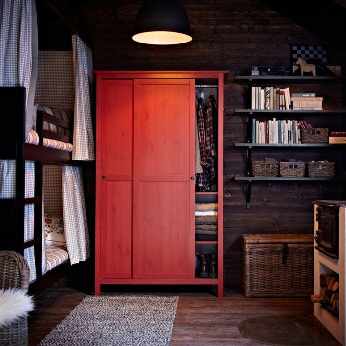 Ikea dreitürige Garderobe in Rot-Hochwertige Kleiderschränke für das Schlafzimmer