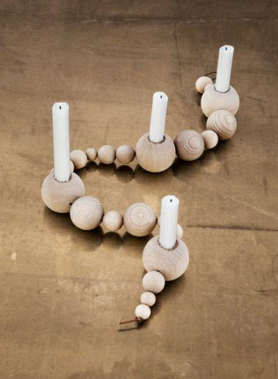 Interessanter Kerzenhalter aus Buchenholz-Kerzenständer