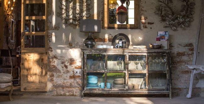 Küchenmöbel, Stehlampe