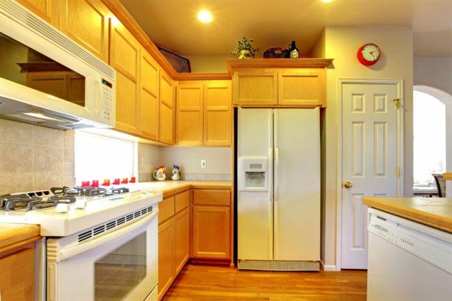 Kühlschrank bei Ausrichtung Süd-Ost oder Süd-West-Feng Shui Energiefluss positive Energie Küchengestaltung