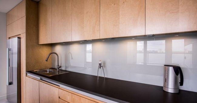 Kühlschrank keinesfalls mit Ausrichtung Süd-Kühlschrank Standort Küche Feng Shui Planung Elemente Metall Holz
