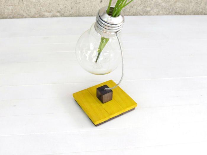 Kleine Vase in Schwarz und Gelb-Büro Designer Deko