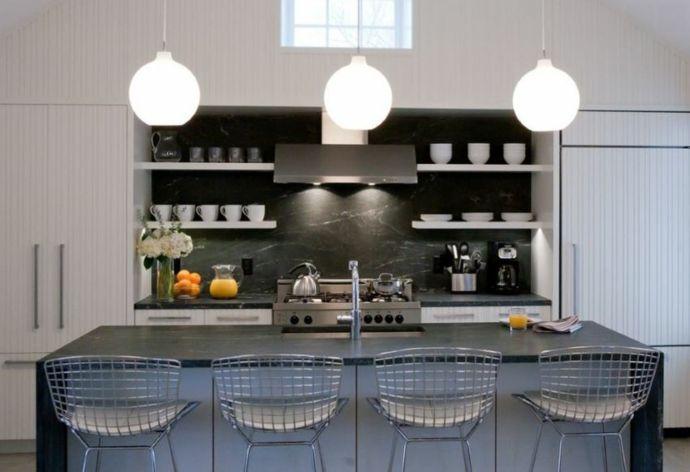 Kochinsel schwarze Arbeitsplatten aus Marmor-Küchen offene Regale