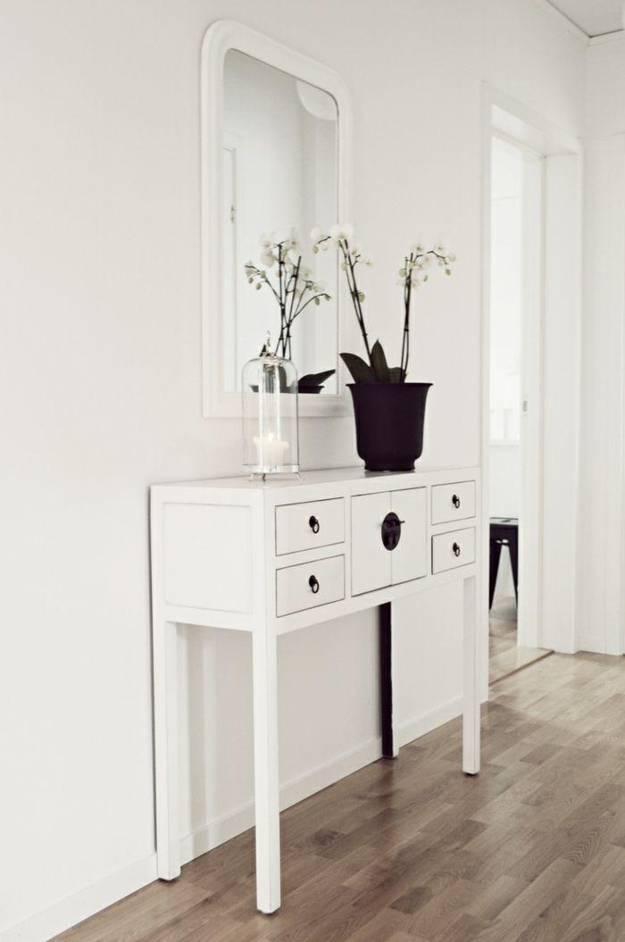 Konsole in Weiß mit kleinen Schubladen chic modern Laminatboden-Dielenmöbel
