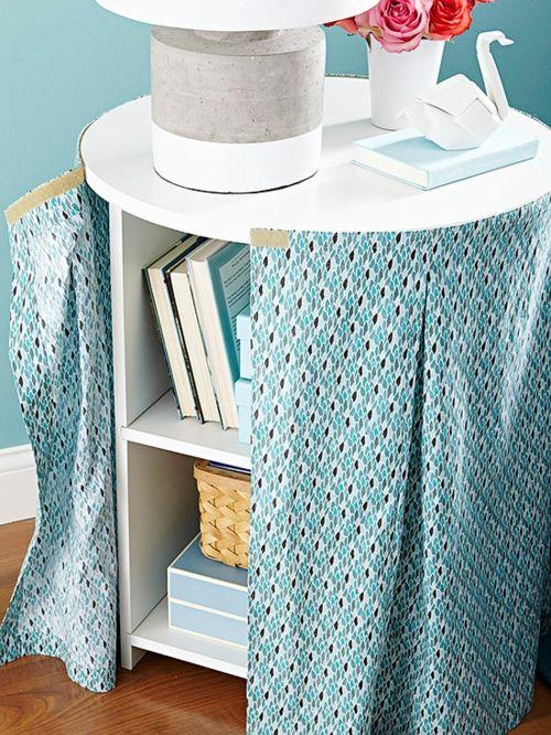 Mit Hilfe von Textilien den Aufbewahrungsplatz verstecken-Kreative Aufbewahrung Textil Decke DIY Organisation Wohnzimmer